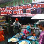 FJPI Berbagi : 70 Paket Ramadhan untuk Duafa