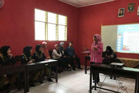 Giat Bina Bibit Muda, FJPI Kembali Gelar Pelatihan Jurnalistik di SMK Bimsa